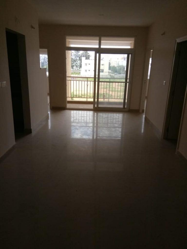 http://flatsresale.com/listing/3-bhk-east-facing-2-nd-floor-for-sale-at-shriram-sameeksha-bangalore/
